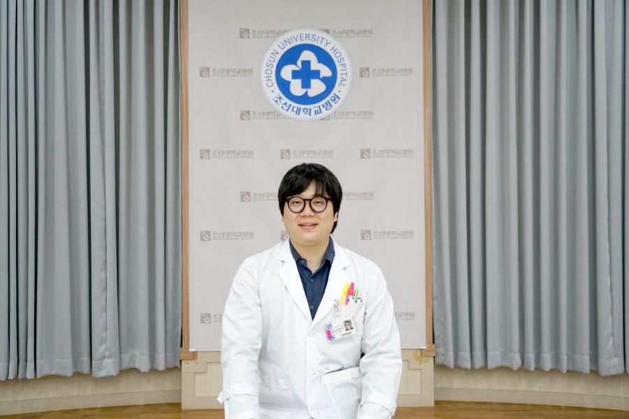 신경외과 유종덕 전공의.JPG
