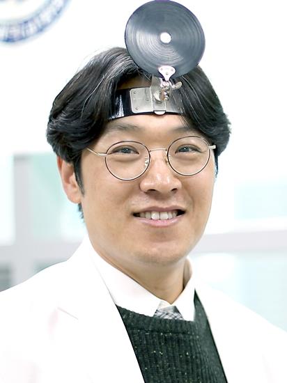 이비인후과 최지윤 교수.jpg