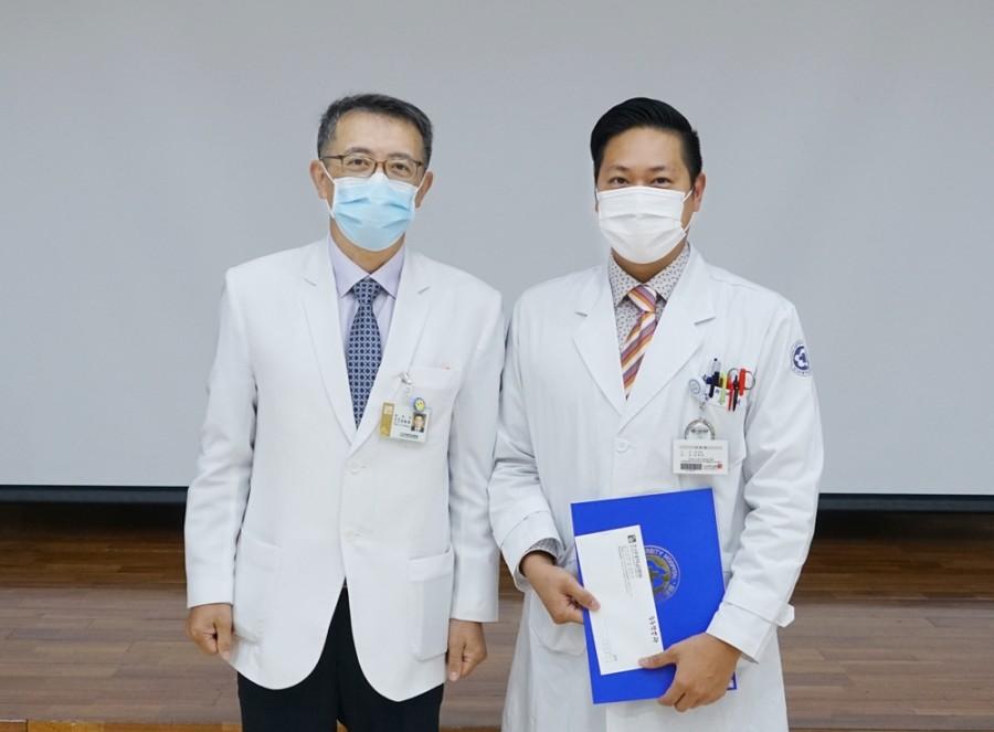 피부과(대표 김충재 전공의).JPG
