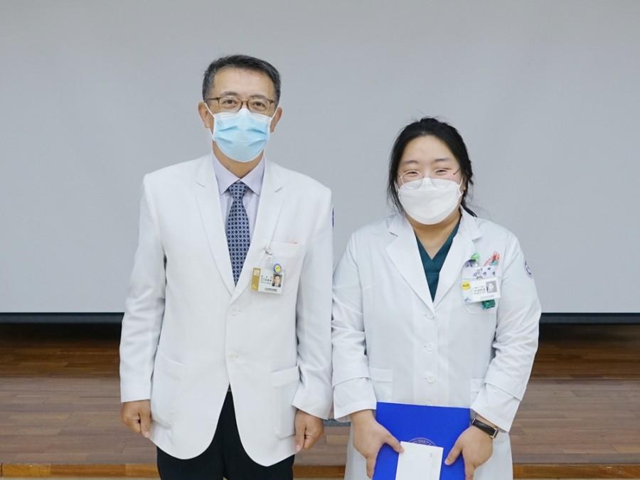내과 김민경 전공의.JPG