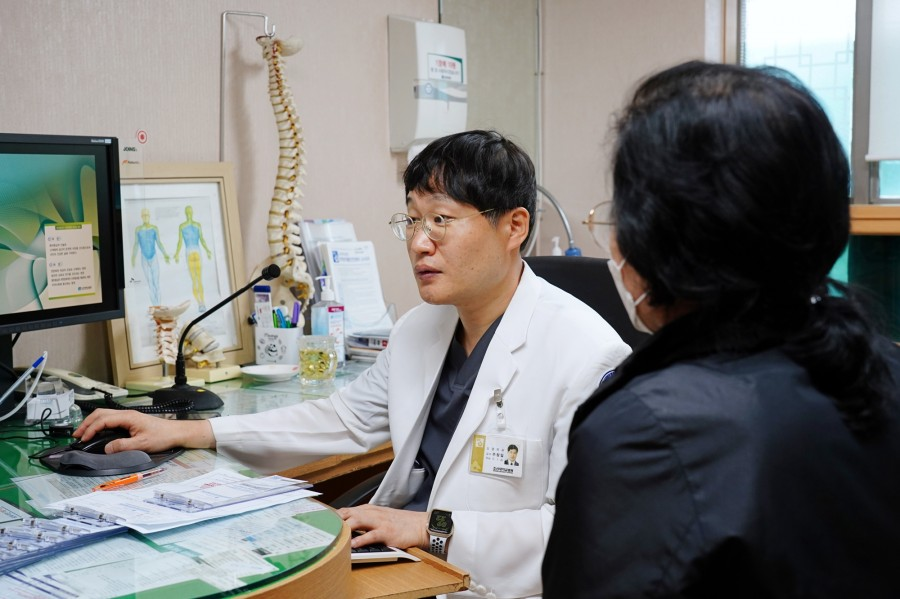 신경외과 주창일 교수2.jpg