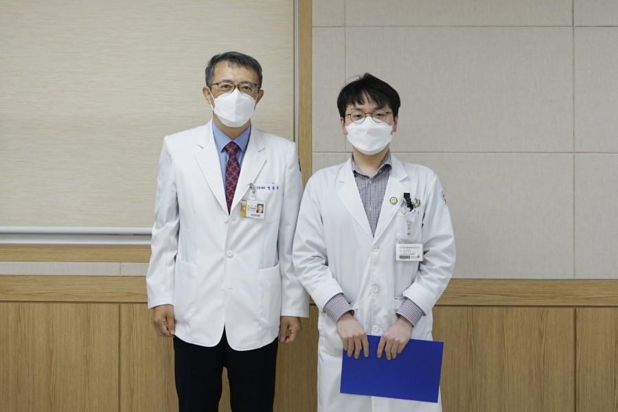 안과 박건우 전공의.JPG